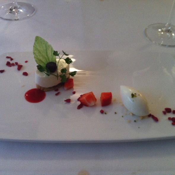 wonderful dessert :-) @ Nagaya