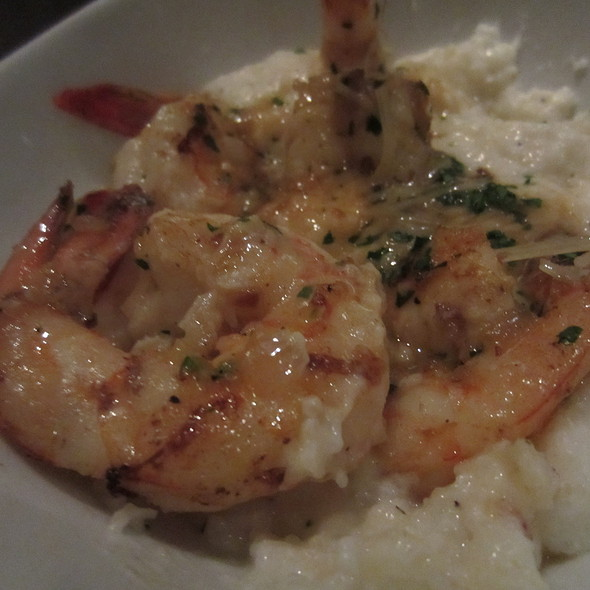 Louisiana Jumbo Shrimp and Garlic Cheese Grits @ Prohibition