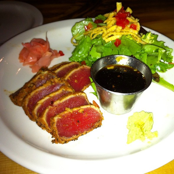 Seared Ahi Tuna Appitizer