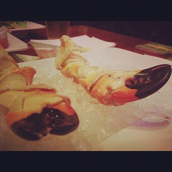 fresh stone crab claws #iphoneography @ Six Feet Under Pub & Fish House