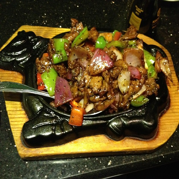 Sizzling Beef And Black Pepper