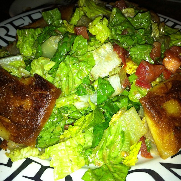 Goat Cheese Salad,  Warm Goat Cheese Wraps @ greenstreet