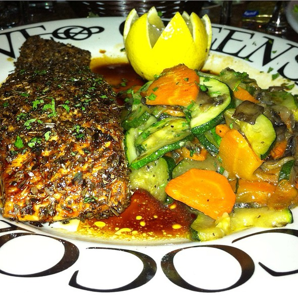 Blackened Teryaki Salmon Special @ greenstreet