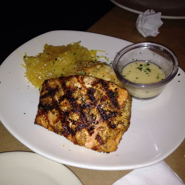 Pan Roasted Atlantic Salmon @ Bonefish Grill - Columbus