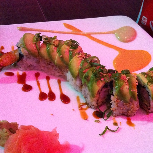 Dragon Roll @ Planet Sushi