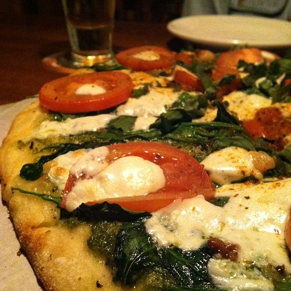 Pizza Margherita - Rock Bottom Brewery Restaurant - Orchards, Westminster, CO