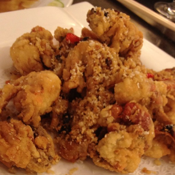 Fried Soft Shell Crabs With Chili Peppers @ Yeebo Seafood & Hot Pot Restaurant