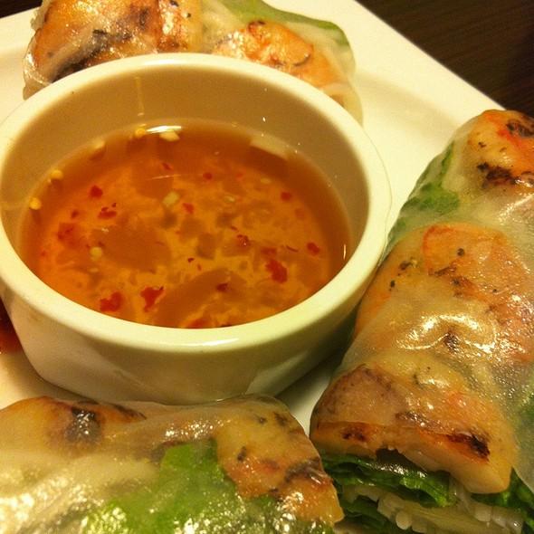 Grilled Shrimp Spring Roll @ Sprouts Springrolls & Pho