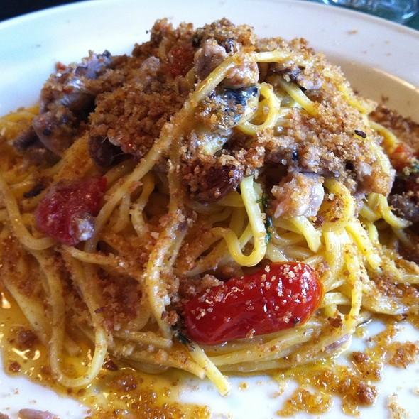 Spaghetti Con Sarde E Muddicata