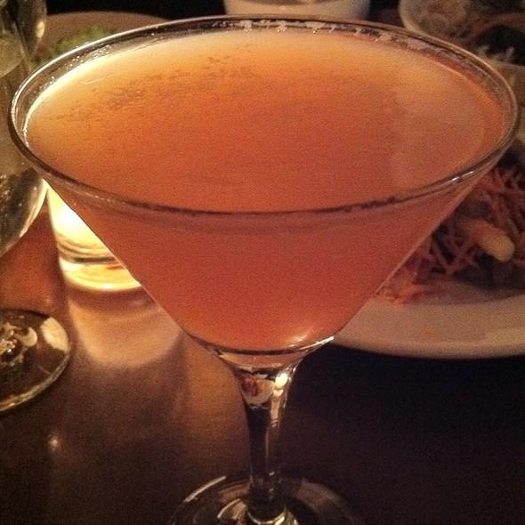 Flirtini Cocktail @ Viet Cafe