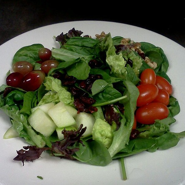 Field Green Salad @ Piesanos