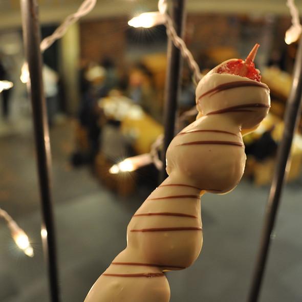 Chocolate-Covered Strawberry Kabob @ Berry Twist