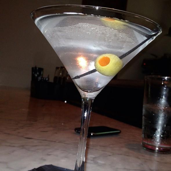 Hendricks Martini @ Hotel Casa 425