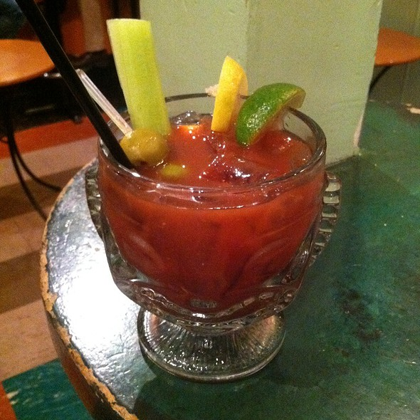 Bloody Mary @ Big Chicks