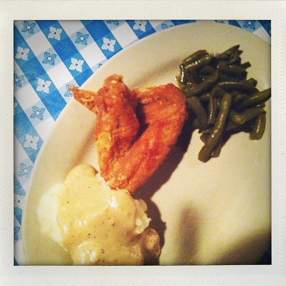 fried chicken @ Stroud's