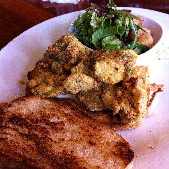 Cornmeal Fried Oyster Sandwich @ Table 3 Restaurant & Market