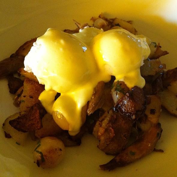 A la maison bistro menu ardmore pa foodspotting for A la maison bistro
