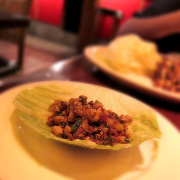 Lettuce Cups @ Betelnut Pejiu Wu