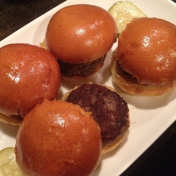 Kobe Sliders @ Rumor Mill Restaurant