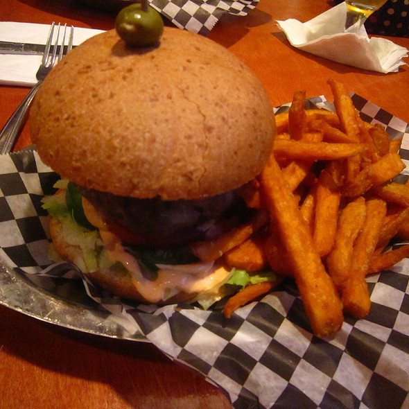 Bison Burger @ Abbey Burger Bistro