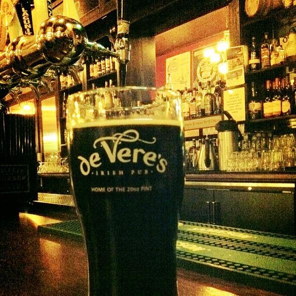 Velvet Merlin Oatmeal Stout @ de Vere's Irish Pub