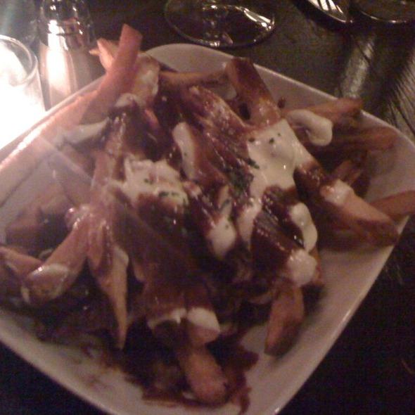 Frites Fontina Fonduta Demi-glace