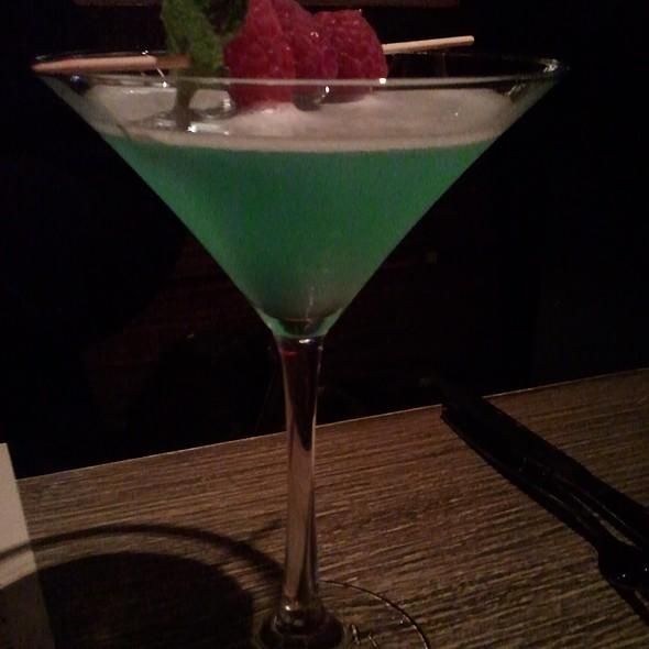 Into The Blue @ Tokio Pub