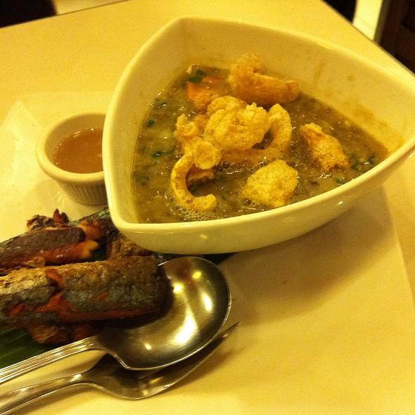 Chicharon Monggo & Crispy Paksiw @ C2 Classic Cuisine