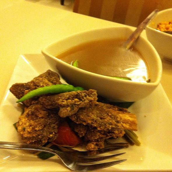 Crispy Ribs Sinigang @ C2 Classic Cuisine