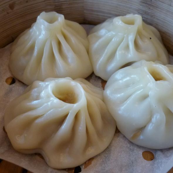 Dumplings @ Tian Xia Dumplings Shanghai Airport