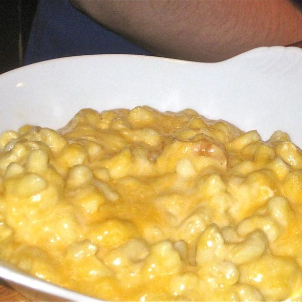 Mac and Cheese @ Ray's Hell Burger