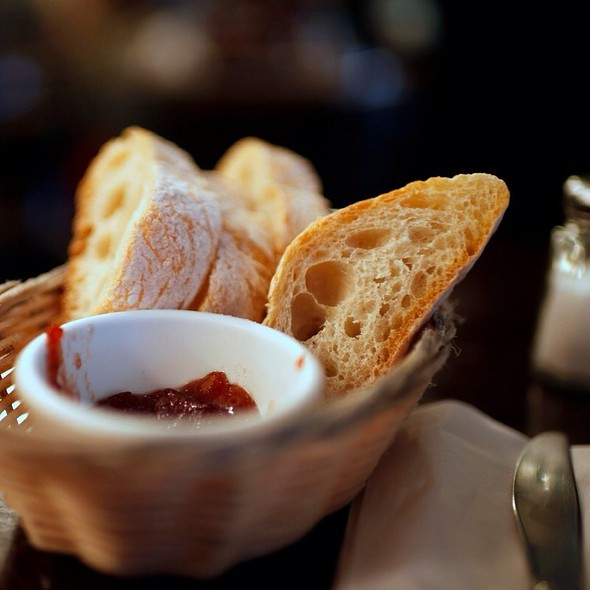 basket of bread @ Fiat Cafe