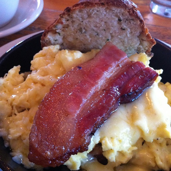 Eggs, Bacon,  Biscuits and Gravy @ The General Greene