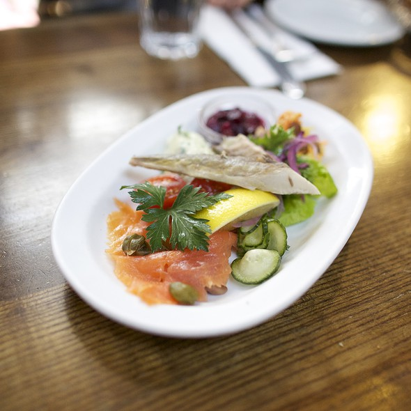 Salmon Plate @ Farmgate