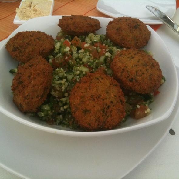 Tabule W/ Falafel @ Restorant Al Makan