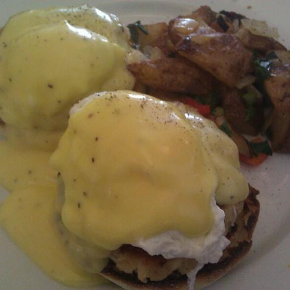 Crabcake Benedict  @ Balans Restaurants