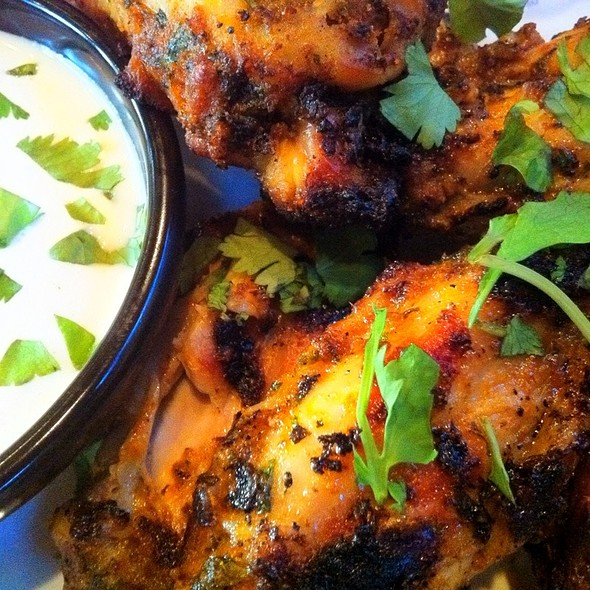 Wings @ Pies & Pints Pizzeria