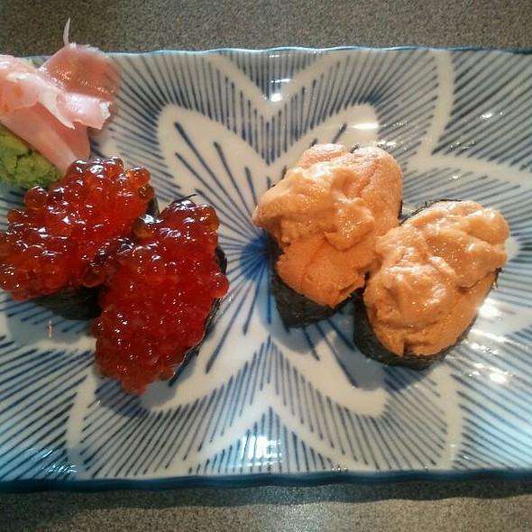 Ikura and Uni  @ Hanabi Sushi Bar