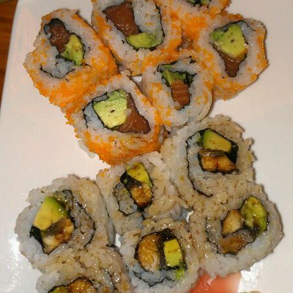 Sushi @ fujiyama-ya