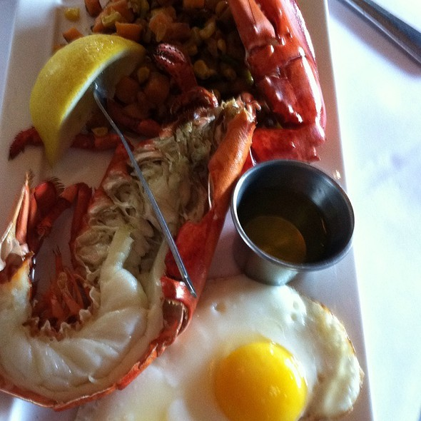 Lobstah Hash  - Louie's Oyster Bar, Port Washington, NY