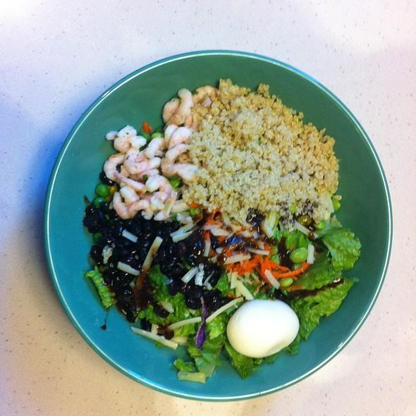 Fresh Salad Bar @ Whole Foods Market - Cambie