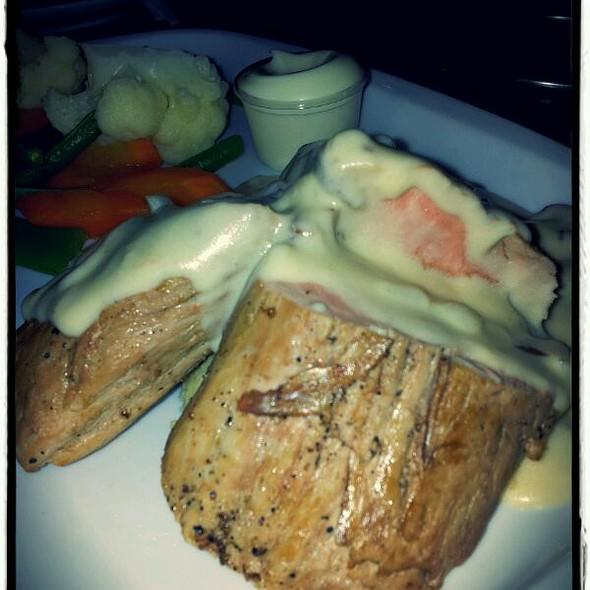Varkensmedaillons/Pork Medaillons @ Bij Oma's