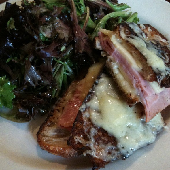 croque monsieur @ South Park Cafe
