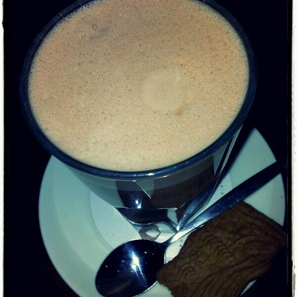 Hot Chocolate @ Camelot, eten & drinken