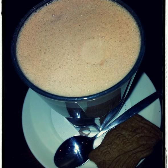 Hot Chocolate @ Camelot, eten & drinken