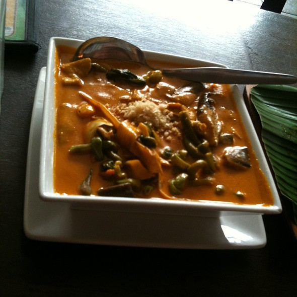 Kare Kare Vegetables @ Jay-J's Inasal
