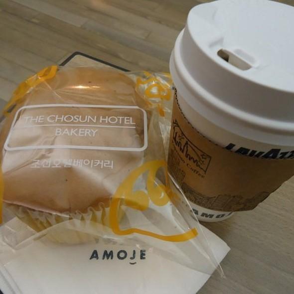 Chiffon Cake @ Amoje Cafe
