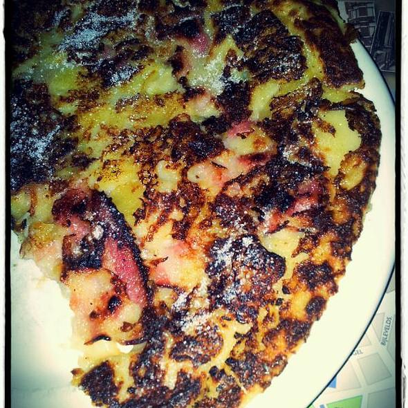 Pannenkoek Met Spek En Appel/Bacon & Apple Pancake @ 't Hoogstraatje