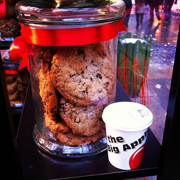 you bet your ass, hot cider and a cookie. @ Bryant Park Holiday Shops - Max brenner
