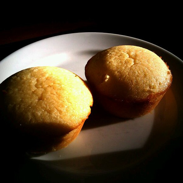 Calamansi Muffins @ Real Coffee